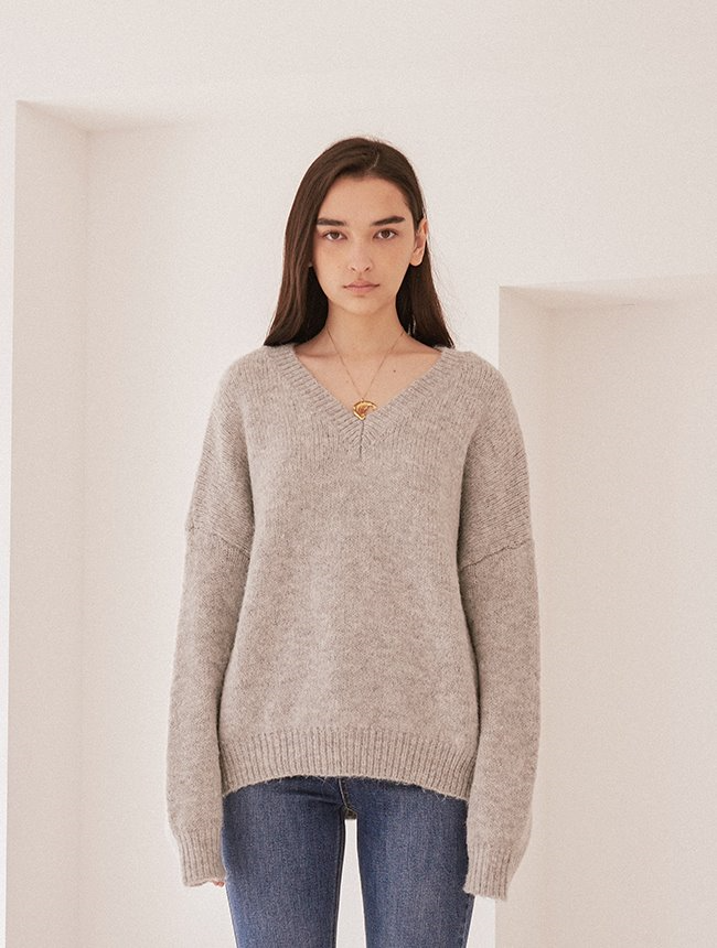 V-neck knit grey