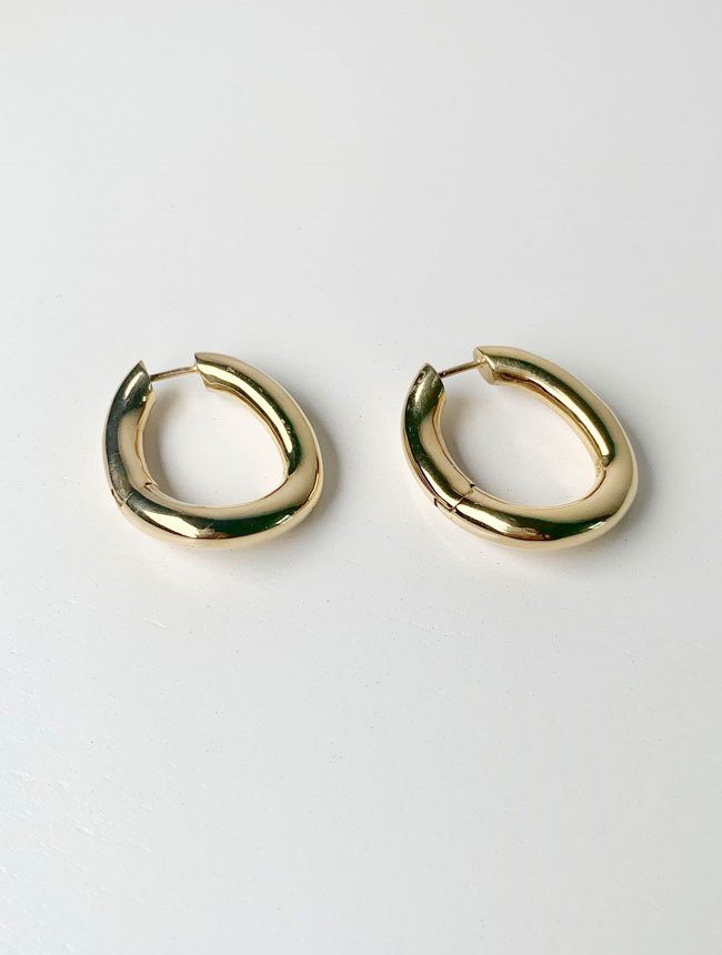 one touch oval earrings